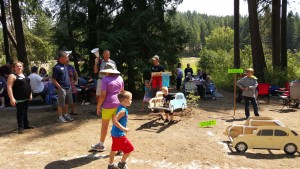 2015-08-15 car race at annual picnic 01